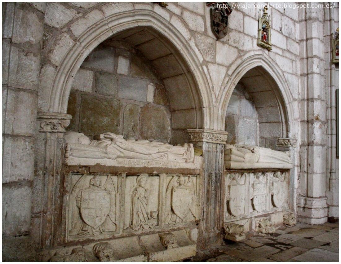 02 La ex colegiata de San Cosme y San Damián de Covarrubias Dos arcosolios no identificados en la nave del Evangelio sira