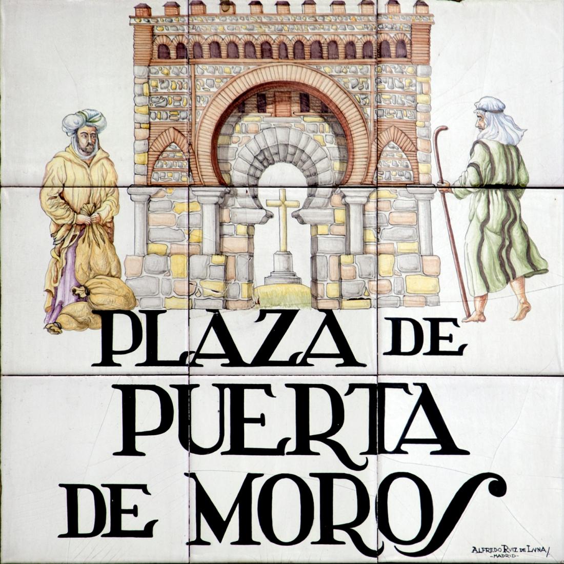 Resultado de imagen de azulejos calles de madrid puerta de moros