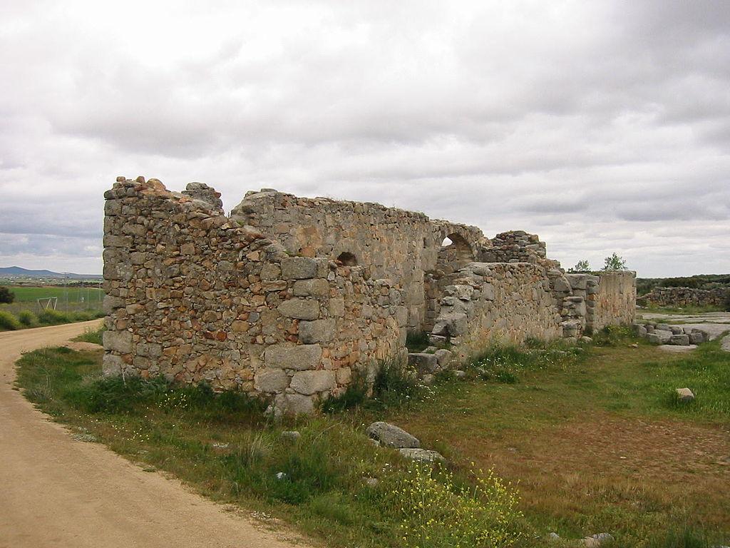 1024px-Iglesia_Visigoda_de_San_Pedro_de_la_Mata(Casalgordo)_01