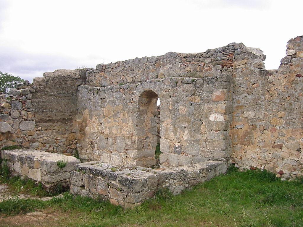 1024px-Iglesia_Visigoda_de_San_Pedro_de_la_Mata(Casalgordo)_02
