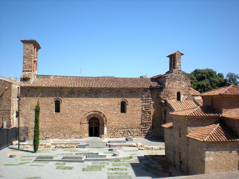 800px-Terrassa._Conjunto_monumental_de_las_iglesias_de_San_Pedro