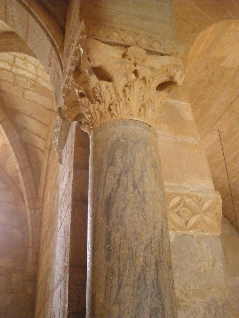 Baños_de_Cerrato_-_Basílica_de_San_Juan_de_Baños,_interior_10