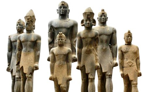 La imagen tiene un atributo ALT vacío; su nombre de archivo es faraones-nubios-1.jpg
